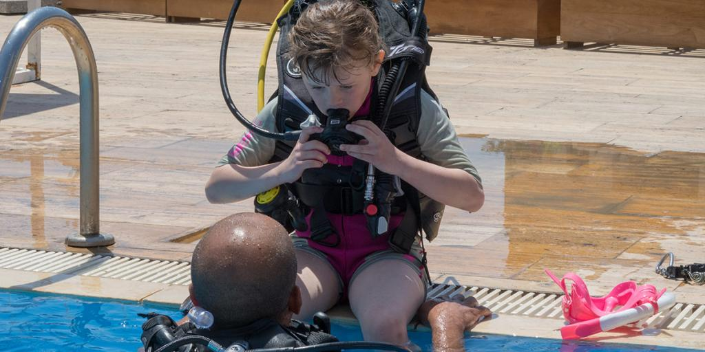 Magazyn Nurki 11 Akaba Jordania Nurkowanie, Podwodna przygoda, Rodzinne nurkowanie, dzieci nurkują, pod wodą