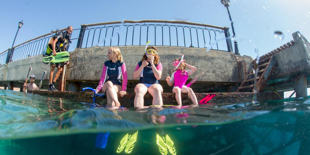 Magazyn Nurki 11 Snorkeling, Akaba Jordania Nurkowanie, Podwodna przygoda, Rodzinne nurkowanie, dzieci nurkują, pod wodą